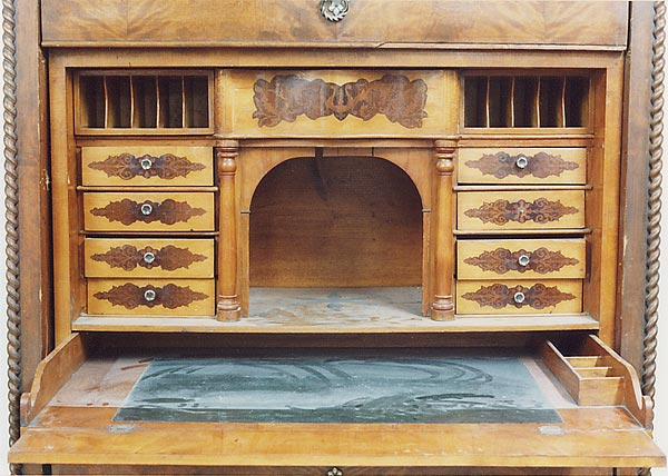 biedermeier schreibschrank birke um 1850 restaurator martin rabe hamburg restaurierung. Black Bedroom Furniture Sets. Home Design Ideas
